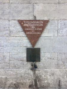 Memorial in Schöneberg (Mills)